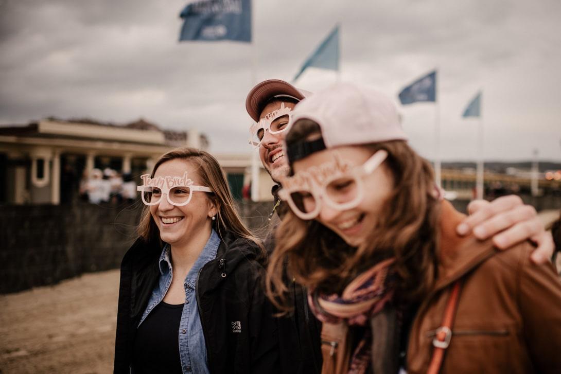 EVJF Deauville pluie sur les planches avec lunette