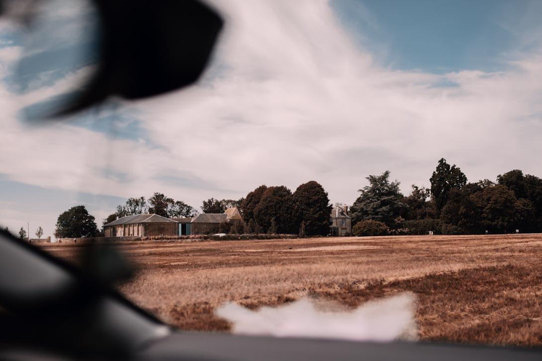vue de la ferme d'Armenon le lieu de réception et gîtes pour un mariage champêtre