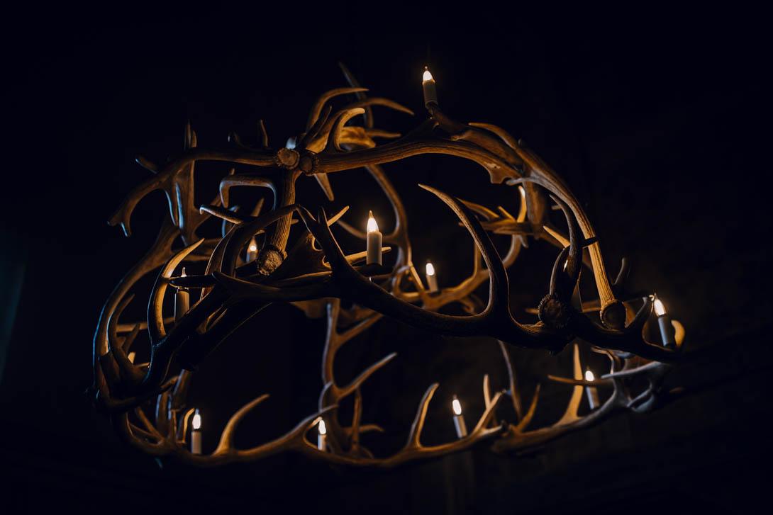 lustre en bois de cerf