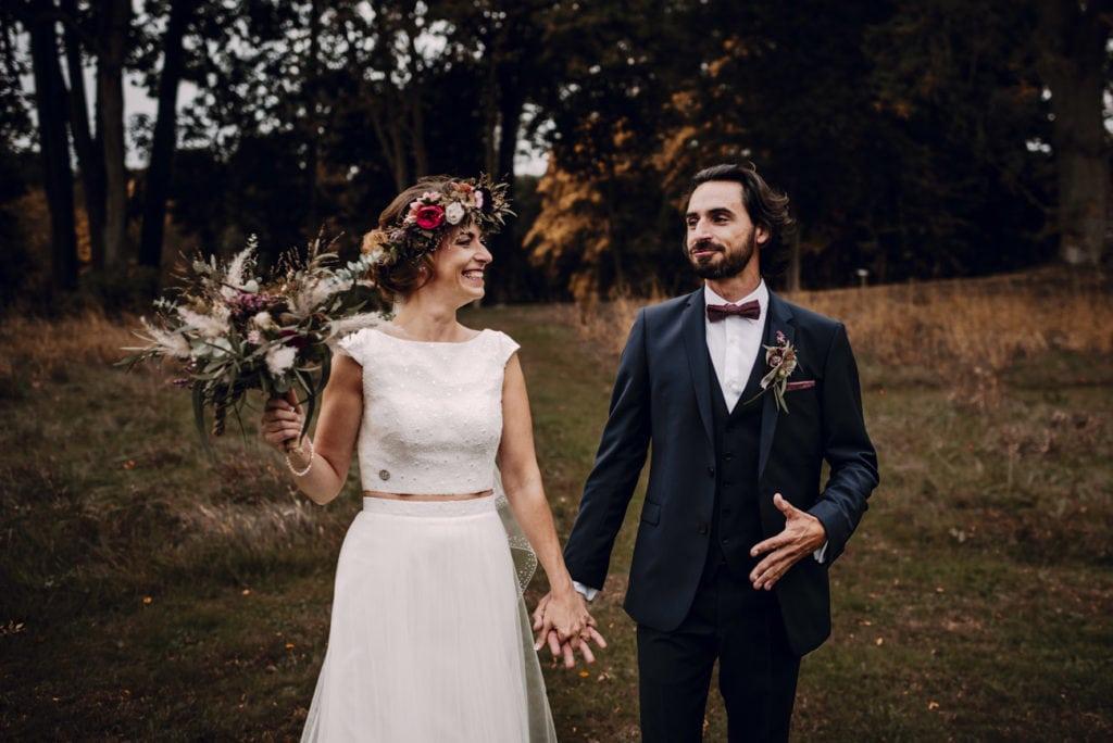 couple de mariés, Laval, lors de lors mariage champêtre et chic
