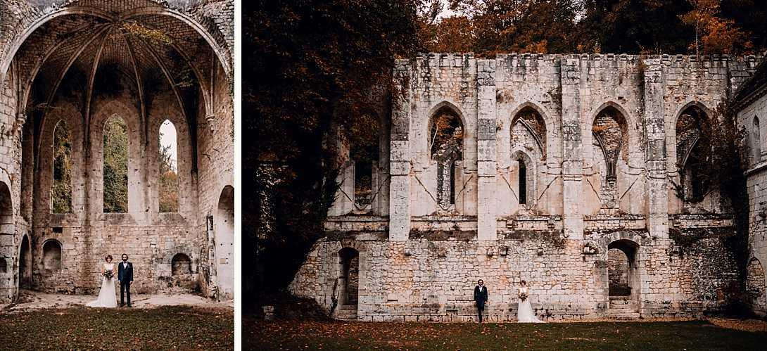 couple de marié dans les ruines de la chappelle de l'Abbaye de Fontaine Guérard